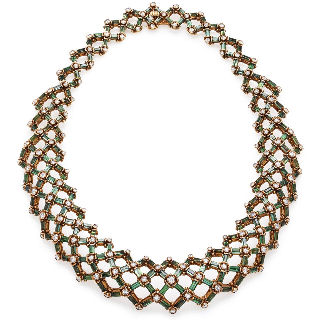 Collana di Bulgari D'epoca in oro giallo con Tormaline e Diamanti