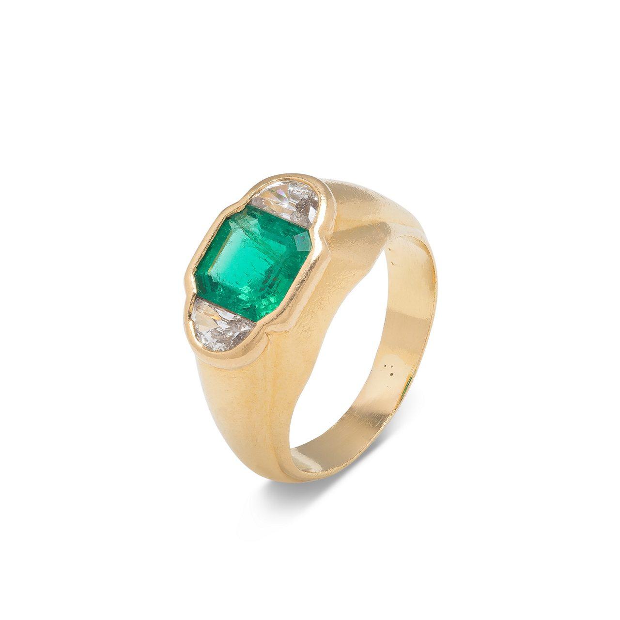 Bulgari anello in Oro Giallo 18k con Smeraldo e diamanti